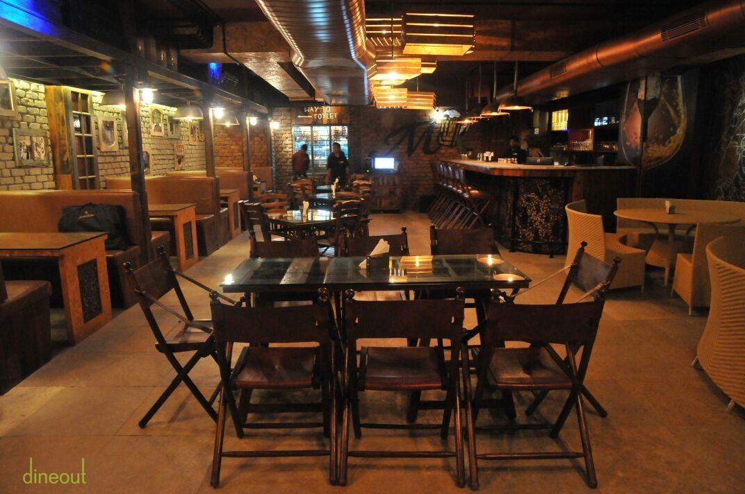 Twist terrace lounge koramangala south bangalore for Terrace restaurants in bangalore