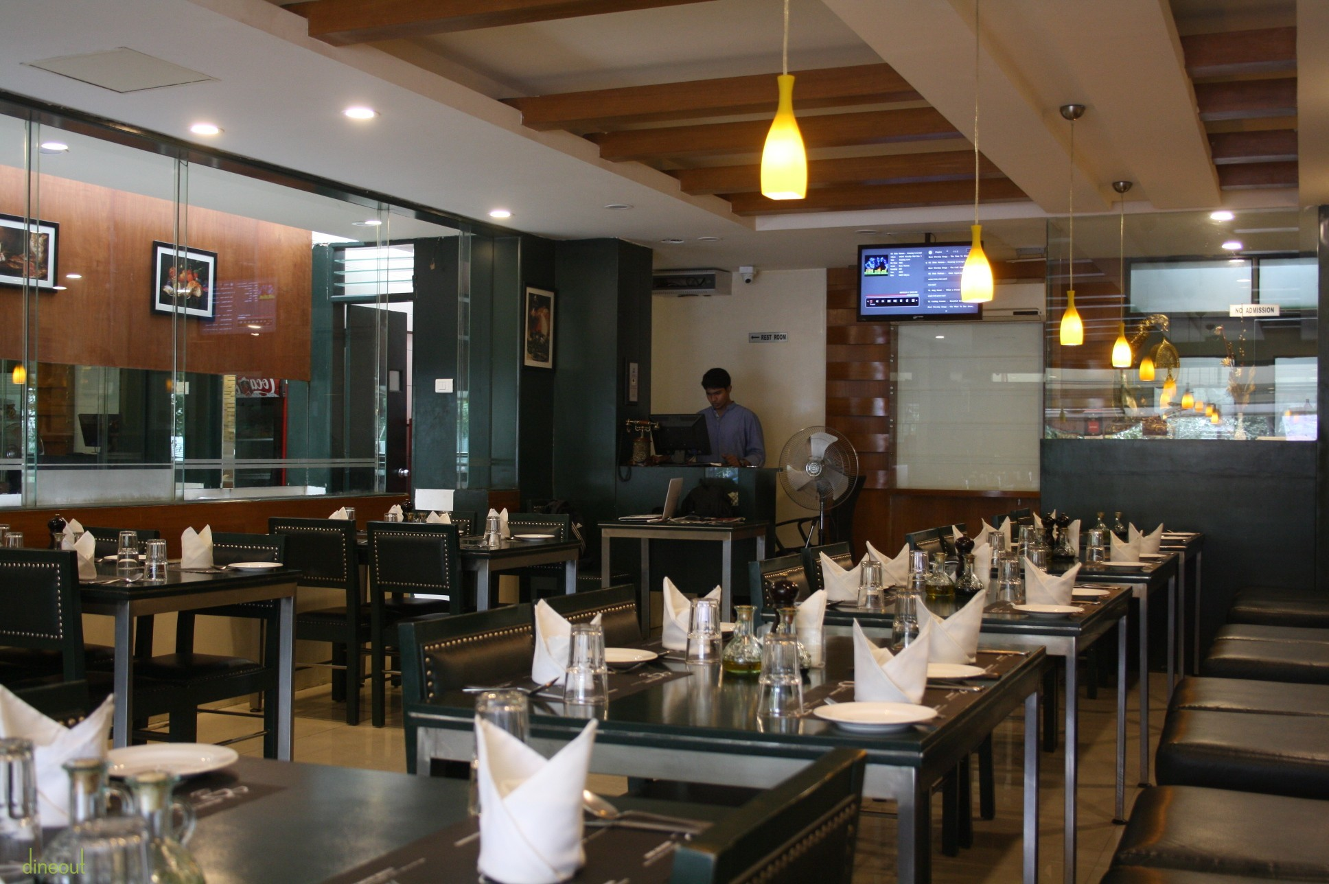 Best sunday brunch restaurants in bangalore dineout for American continental cuisine