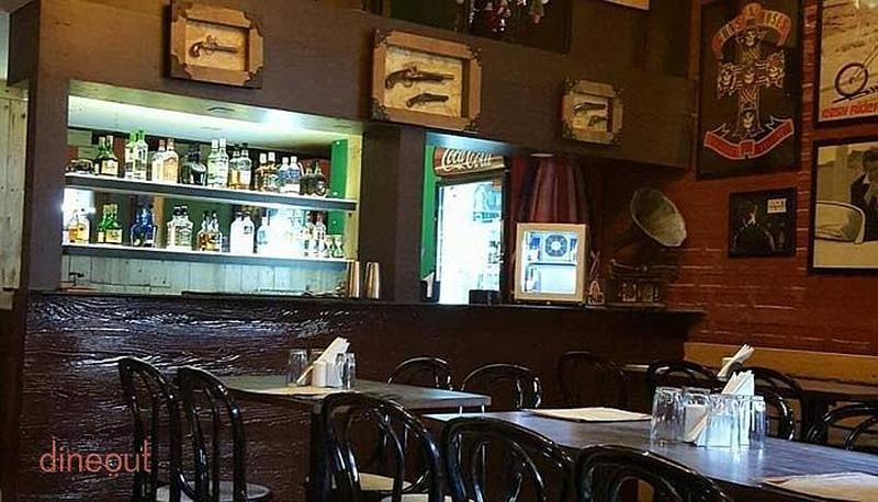Cafe Eastwood Kothrud