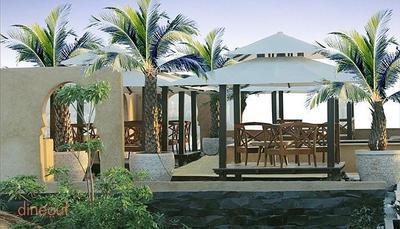 18 Degrees Resto Lounge