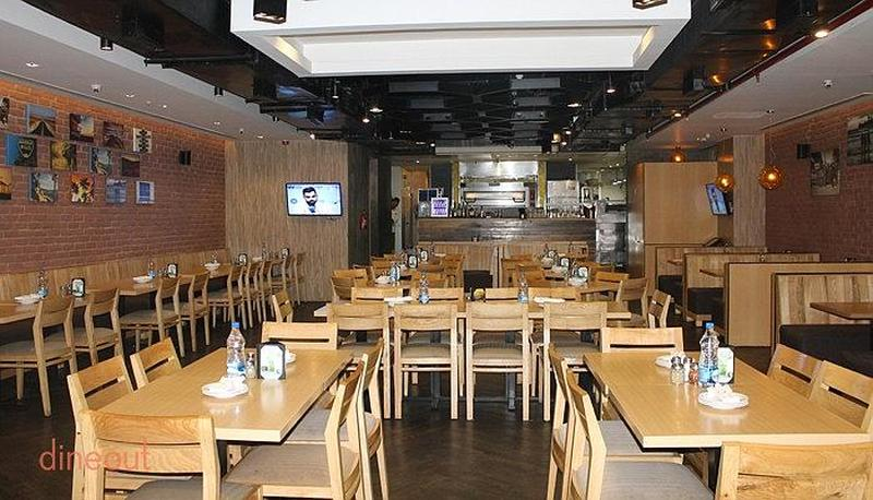 California pizza kitchen dlf cyber city gurgaon delhi for W kitchen cafe gandaria city
