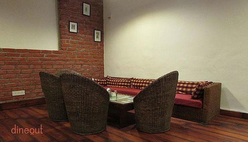 Cafe Red Shahpur Jat