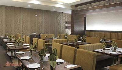 Sarovar Fine Dine - Hotel K N Park