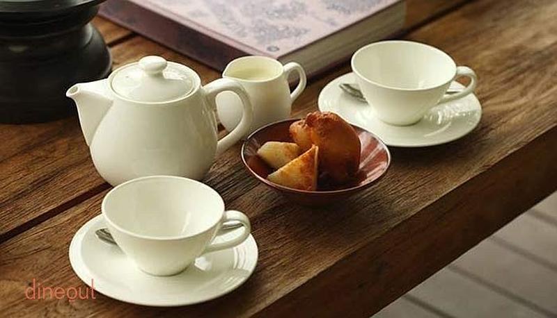 Tea Lounge - Le Meridien Camp