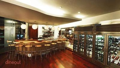Tippler's Lounge - Four Points by Sheraton