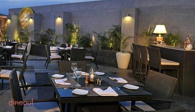 Rooftop Barbeque - Country Inn & Suites by Carlson Sector 12