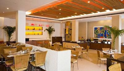 Citrus Cafe - Lemon Tree Hotel