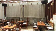 1 Oak Cafe & Bar restaurant